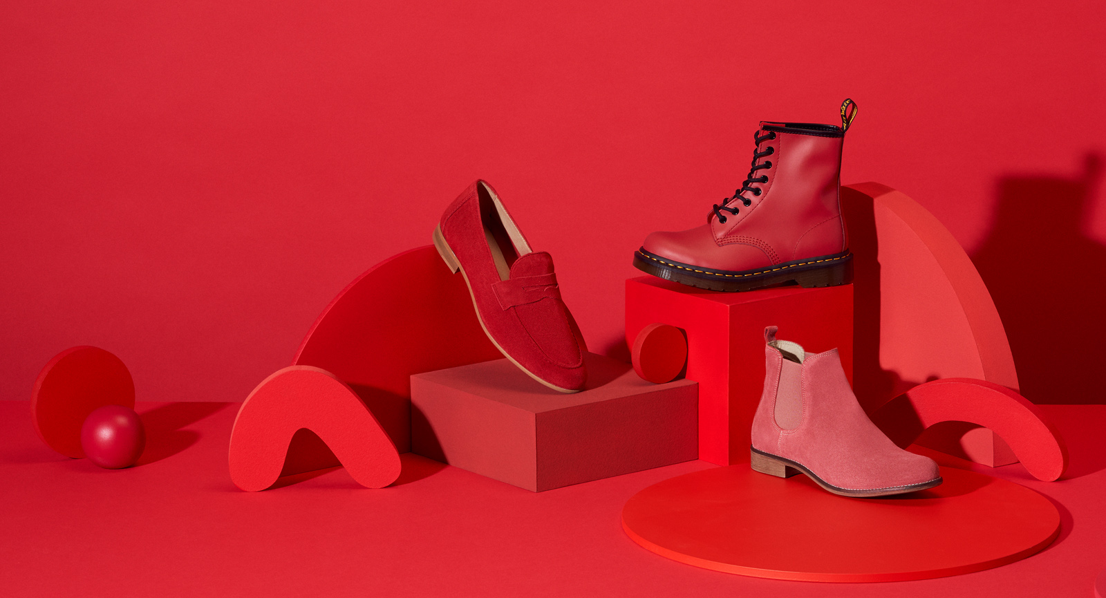red shoes still life for Zalando Sale Campaign