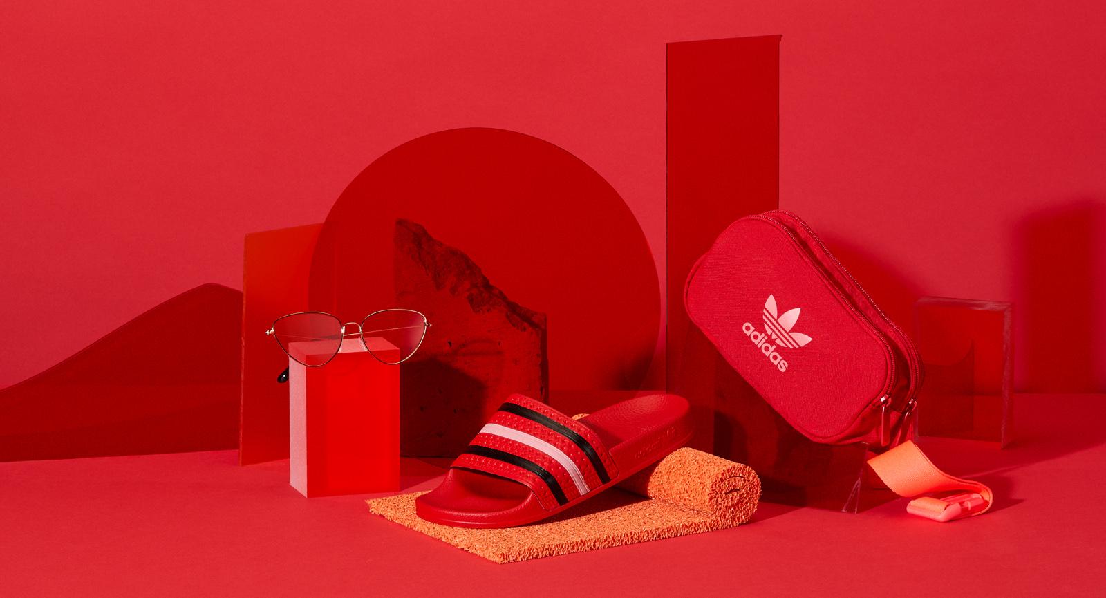 Zalando Sale Campaign Image with summer accessories